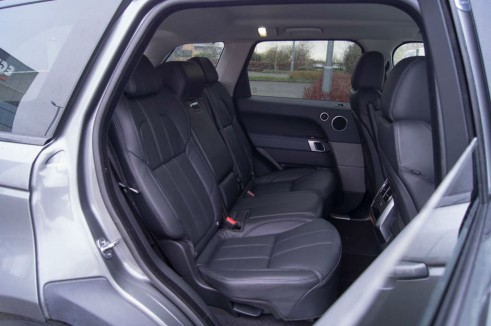 2013 Range Rover Sport Review Rear Seats carwitter 491x326 - 2013 Range Rover Sport Review– The bargain Range? - 2013 Range Rover Sport Review– The bargain Range?