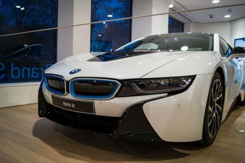 BMW i8 Park Lane London - Front Detail - carwitter