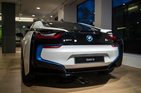 BMW i8 Park Lane London - Rear Angle - carwitter