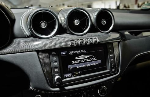 Ferrari Quantumlogic JBL HARMAN Stereo - carwitter
