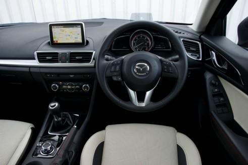Mazda 3 Review - Steering Wheel - carwitter