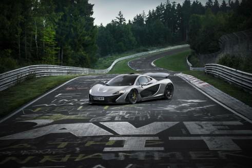McLaren_P1_Nurburgring_Lap_time- carwitter