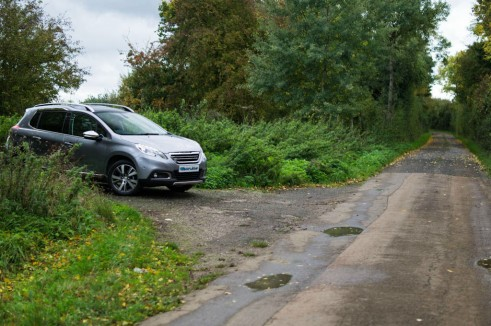 Peugeot 2008 Review Side Scenic Road carwitter 491x326 - Peugeot 2008 Review – Practical mini crossover - Peugeot 2008 Review – Practical mini crossover