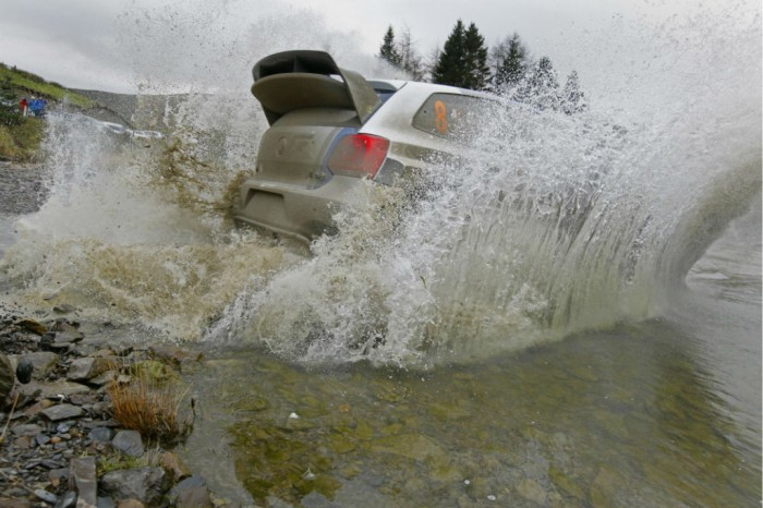VW Polo WRC Rally Wales 2013 Water Splash carwitter 700x466 - Betting On Cars - Betting On Cars