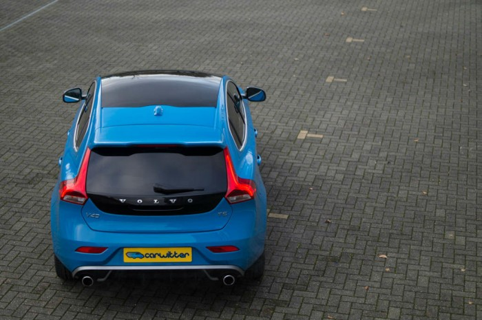Volvo V40 T5 Review Rear High Angle carwitter 700x465 - Volvo V40 T5 Review – Safety fast - Volvo V40 T5 Review – Safety fast