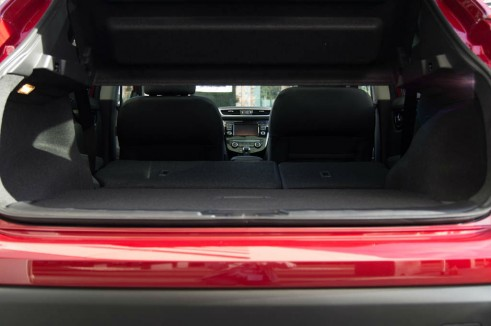 2014 Nissan Qashqai Review Rear Seats Fold Flat carwitter 491x326 - 2014 Nissan Qashqai 1.2 DIG-T Review – The crossover reboot? - 2014 Nissan Qashqai 1.2 DIG-T Review – The crossover reboot?