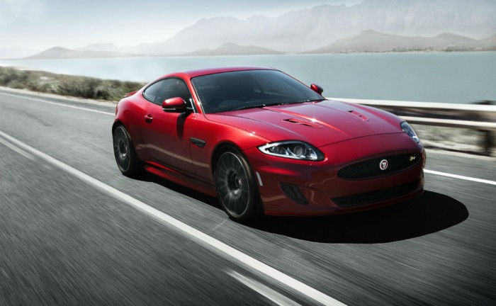 Jaguar XK Dynamic R carwitter 700x432 - Jaguar XK Signature & Dynamic R announced - Jaguar XK Signature & Dynamic R announced