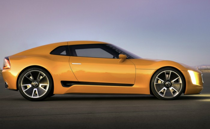 Kia GT4 Stinger side carwitter 700x432 - Kia GT4 Stinger Concept - Kia GT4 Stinger Concept