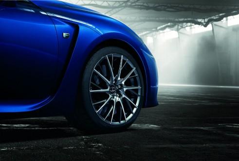 Lexus RC F alloy carwitter 491x332 - Lexus RC F specs - Lexus RC F specs