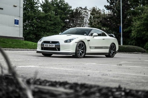Litchfield Nissan GT-R Stage 4 - Front Angle Low - carwitter