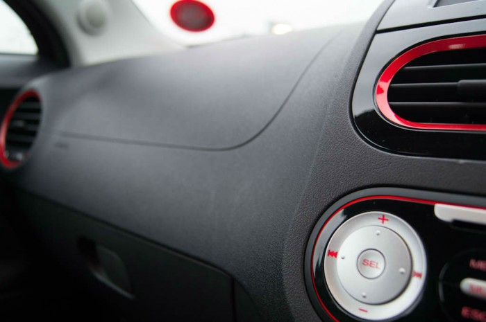 MG3 Review - Dashboard Plastic - carwitter