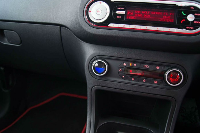 MG3 Review - Heater Control Cold - carwitter