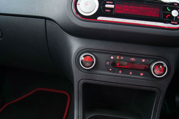 MG3 Review - Heater Control Hot - carwitter
