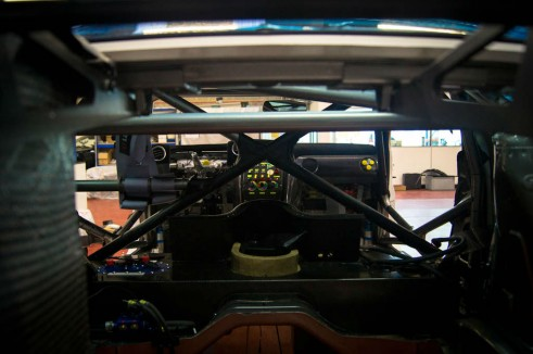 Nissan GT-R GT3 JRM - Through Car Roll Cage - carwitter