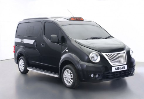 Nissan NV200 London Taxi Front Angle - carwitter
