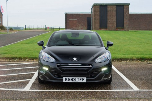 Peugeot RCZ R Review Black Front carwitter 491x326 - Peugeot RCZ R Review – A whole new RCZ - Peugeot RCZ R Review – A whole new RCZ