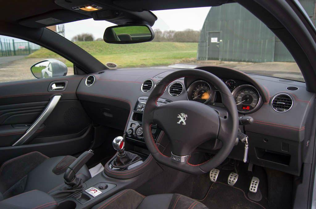 Peugeot RCZ R Review – A whole new RCZ - carwitter