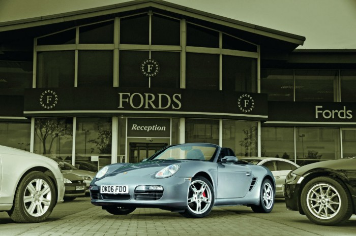 Used Porsche Boxster carwitter 700x465 - How to Become a Car Trader in the UK - How to Become a Car Trader in the UK
