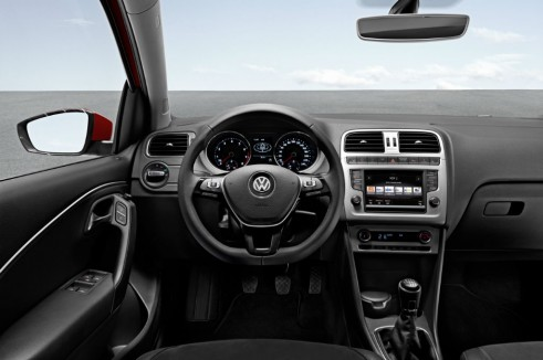VW Polo 2014 interior carwitter 491x326 - 2014 Volkswagen Polo revealed - 2014 Volkswagen Polo revealed