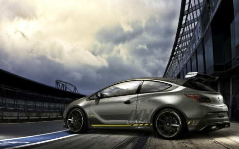 Vauxhall Astra VXR Extreme - carwitter