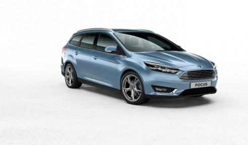 2014 Ford Focus estate side - carwitter