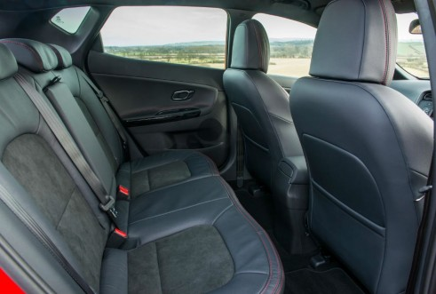 2014 Kia ceed GT - Rear Seats - carwitter