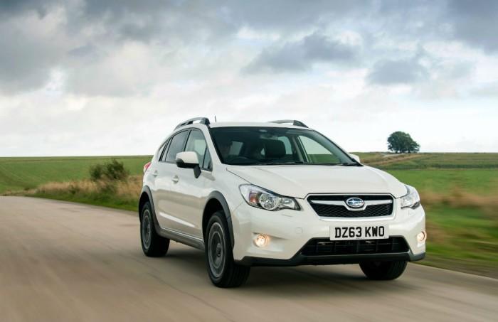 2014 Subaru XV carwitter 700x453 - 2014 Subaru XV Price and Specs - 2014 Subaru XV Price and Specs
