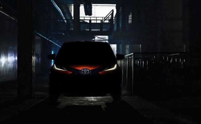 2014 Toyota Aygo teaser carwitter 700x432 - Toyota tease new 2014 Aygo - Toyota tease new 2014 Aygo