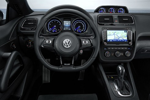 2014 VW Scirocco dash  - carwitter