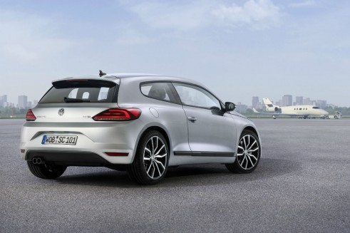 2014 VW Scirocco rear 4  - carwitter