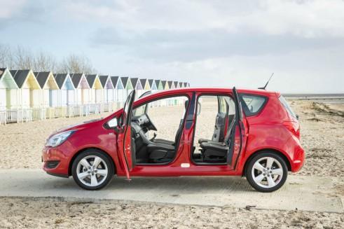 2014 Vauxhall Meriva - Side Doors Open - carwitter
