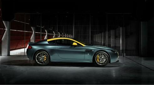 Aston Martin Vantage V8 N430 side - carwitter
