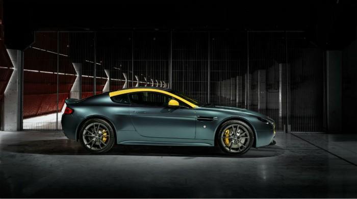 Aston Martin Vantage V8 N430 side carwitter 700x390 - DB9 and Vantage N430 special editions to debut at Geneva - DB9 and Vantage N430 special editions to debut at Geneva