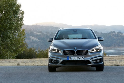 BMW 2-series Active Tourer front - carwitter