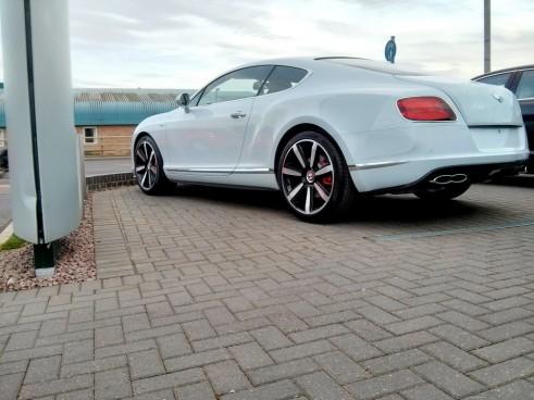 Bentley,V8S, Rear,Side,Carwitter
