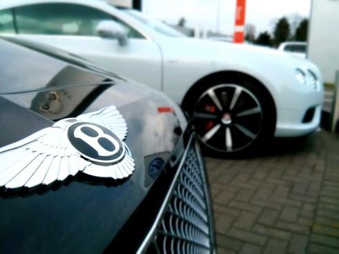 Bentley,V8S,Side,Blurred,Carwitter
