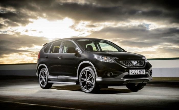 Honda CRV Black carwitter 700x432 - Honda CR-V Black and White 2014 special editions - Honda CR-V Black and White 2014 special editions