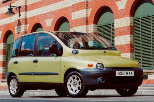 MK1 Fiat Multipla Green Side carwitter 491x325 - Top 5: The Most Polarising Cars Ever Produced - Top 5: The Most Polarising Cars Ever Produced