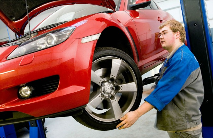 Mazda Mechanic Garage Workshop carwitter 700x456 - So, You've Bought A Car. Now What? - So, You've Bought A Car. Now What?