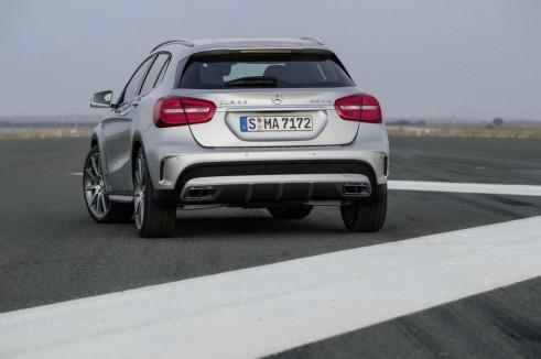 Mercedes GLA 45 AMG Rear - carwitter