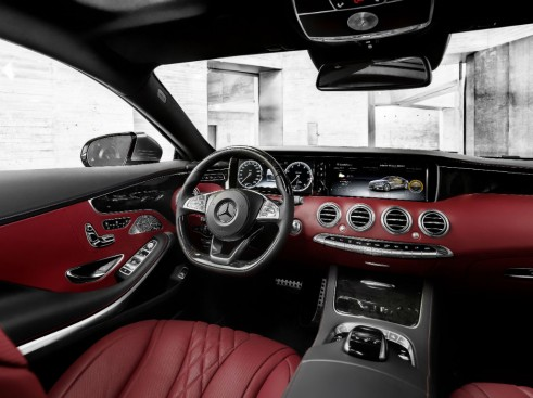 Mercedes S-Class Coupe dash 2 - carwitter