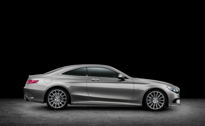 Mercedes S Class Coupe side carwitter 700x432 - 2014 Mercedes S-Class Coupe revealed - 2014 Mercedes S-Class Coupe revealed