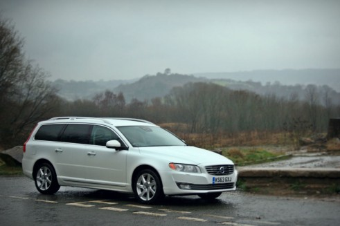 Volvo V70 D4 - Front Angle