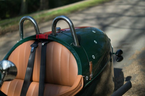 2014 Morgan 3 Wheeler Review - Roll Hoops Bars - carwitter