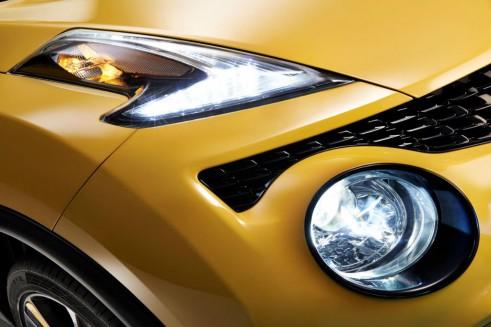 2014 Nissan Juke Facelift - LED DRL Headlights - carwitter