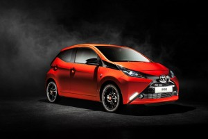 2014 Toyota Aygo Front Angle carwitter 300x200 - 2014 Toyota Aygo Specs - 2014 Toyota Aygo Specs