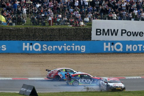 BTCC 2014 - Brands Hatch Indy - Menu Spins - carwitter