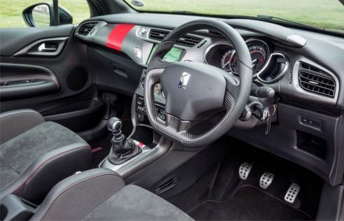 Citroen DS3 Cabrio Racing interior - carwitter-w1024