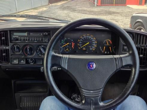 Great Escape Classic Car Hire - Saab Steering Wheel