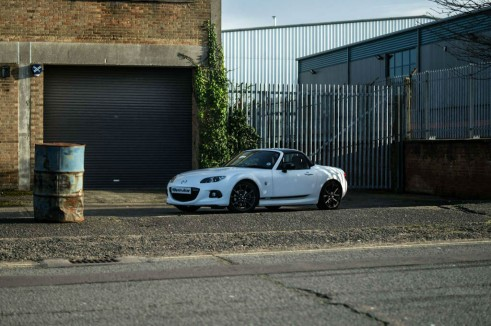Jota Mazda MX5 GT Review Side Scene carwitter 491x326 - Jota Mazda MX-5 GT Review - How it always should have been - Jota Mazda MX-5 GT Review - How it always should have been